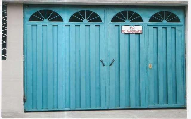 Cerrajeria orvea santo domingo puertas metalicas for Puerta garaje metalica